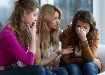 10 Signs Your Addicted Friend Needs an Intervention
