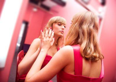 6 Narcissistic Tendencies Of Alcoholics