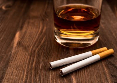 Why People Smoke When Drinking Alcohol