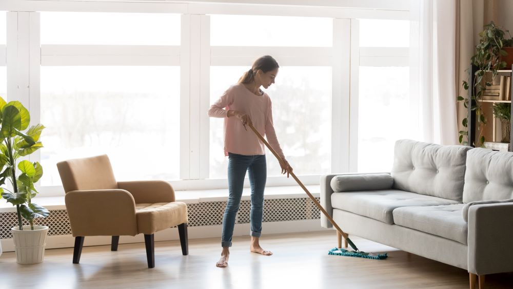 How Keeping a Clean House Can Help You Stay Sober